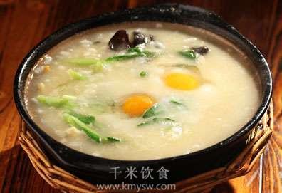 口蘑烩鸽蛋的做法及介绍---千米饮食网