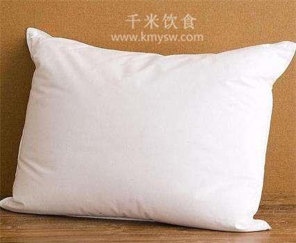 枕头太高有害健康---千米饮食网