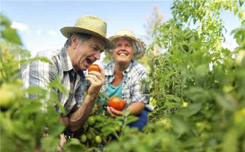 四大勤让老人延年益寿!---千米饮食网
