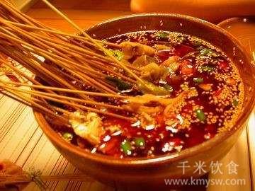 麻辣不见椒 肉鲜不见膘的洪雅钵钵鸡---千米饮食网