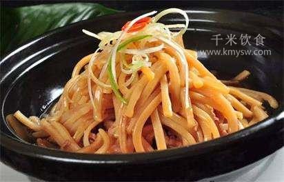 白煨鱿鱼丝的典故传说---千米饮食网(www.kmyw.com)