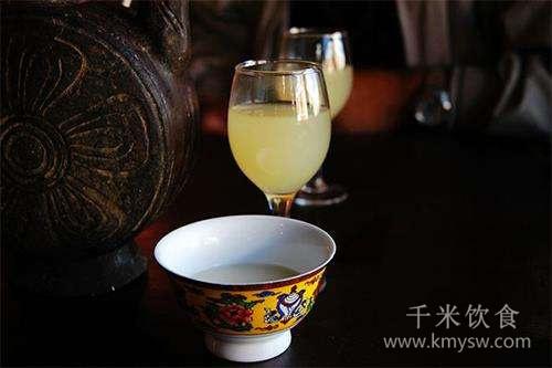 青稞酒的传说---千米饮食网(www.kmysw.com)