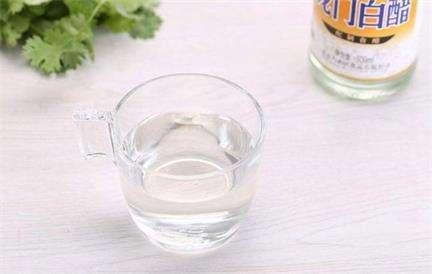 白醋是常备调味品它有什么功效吗?---千米饮食网