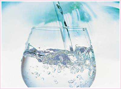 每天早晨一杯淡盐水---千米饮食网(www.kmysw.com)