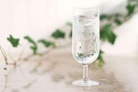淡盐水更适合户外工作者,户外工作者要多喝淡盐水