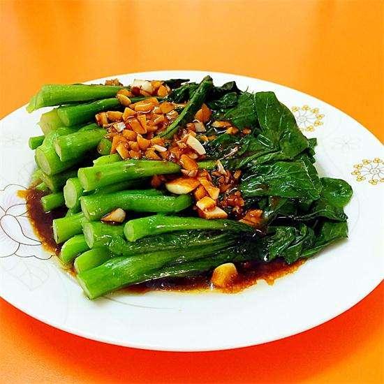 厨房烹饪技巧之炒菜怎样保持鲜绿?