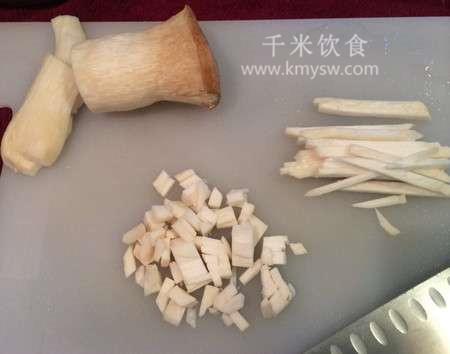 杏鲍菇怎么切?图解杏鲍菇的各种切法---千米饮食网