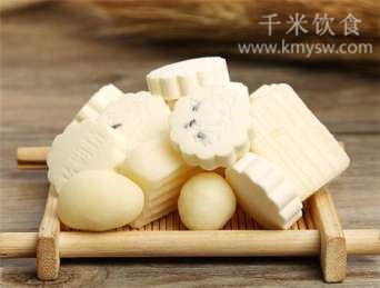 奶片的营养价值有哪些?奶片的功效与作用及食用方法---千米饮食网