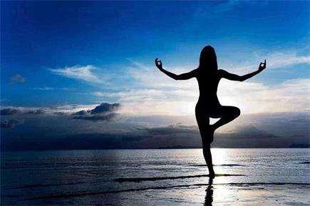 清晨瑜伽五分钟 健身好轻松