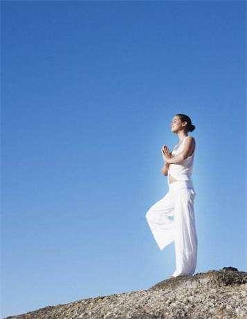 减肥 还是选择有氧瑜伽比较好---千米饮食网