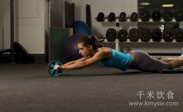 练腹肌能瘦肚子吗?---千米饮食网