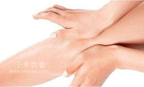 按摩对膝关节炎有益---千米饮食网