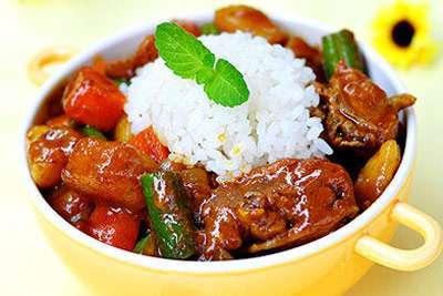 咖喱鸡饭的做法,咖喱鸡饭的怎么做的?