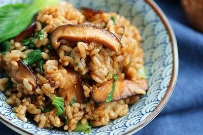 香菇油菜烩饭的做法,香菇油菜烩饭怎么做好吃