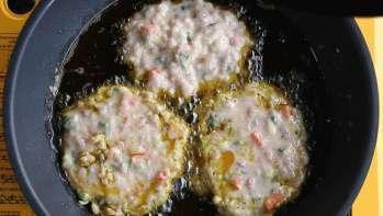 鸡蛋肉饼的做法步骤15