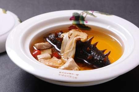 三鲜海参的做法及介绍---千米饮食网(www.kmysw.com)