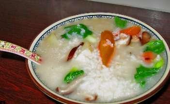 为什么不宜常食汤泡饭?----千米饮食网(www.kmysw.com)