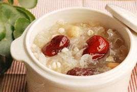 大枣银耳粥的做法及介绍---千米饮食网