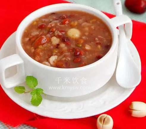 桃脯粥的做法及介绍---千米饮食网(www.kmysw.com)