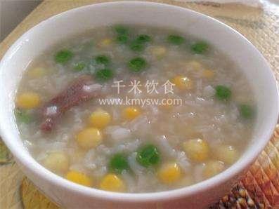 玉米瘦肉粥的做法及介绍---千米饮食网(www.kmysw.com)