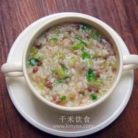 芹菜牛肉粥的做法及介绍---千米饮食网(www.kmysw.com)